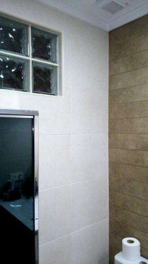 Pavés decorativo en baño