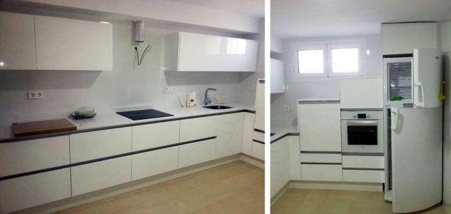Cocina de diseño en blanco alto brillo
